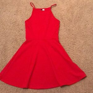 Dresses & Skirts - Solid red dress size 6